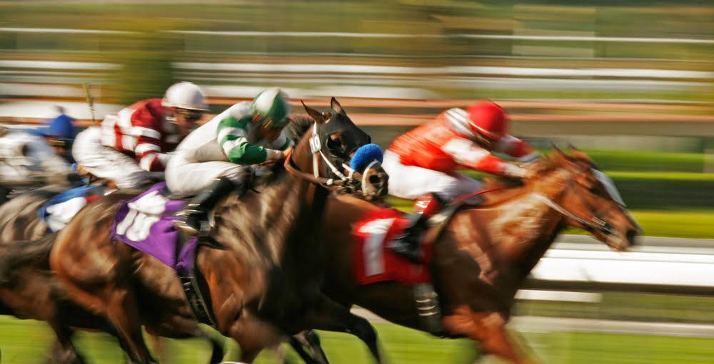 Compound (COMP) Outruns Top DeFi Tokens as TVL Closes Above $2B