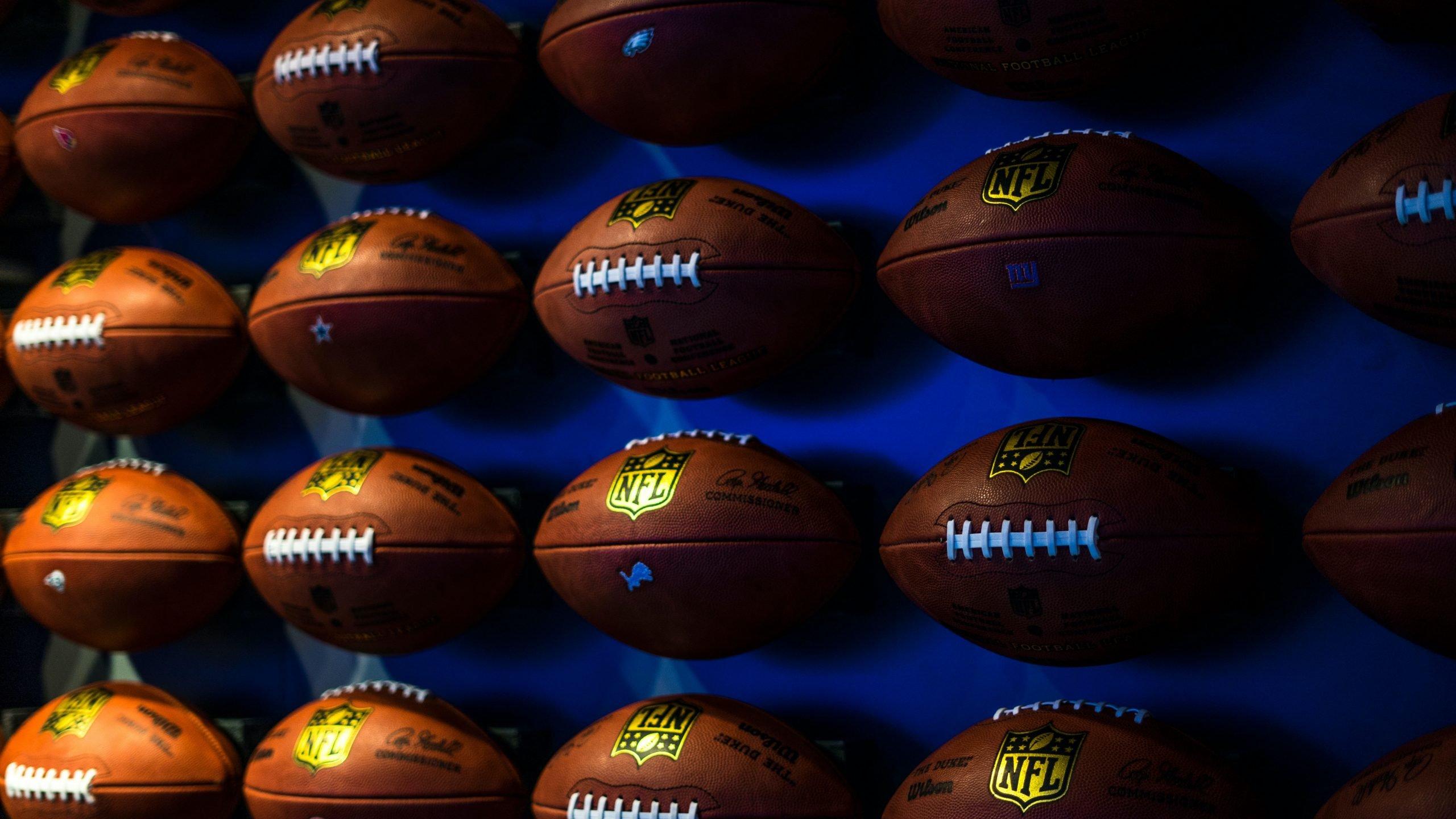 Russell Okung se convertirá en el primer jugador de la NFL en cobrar su cheque de pago en bitcoin