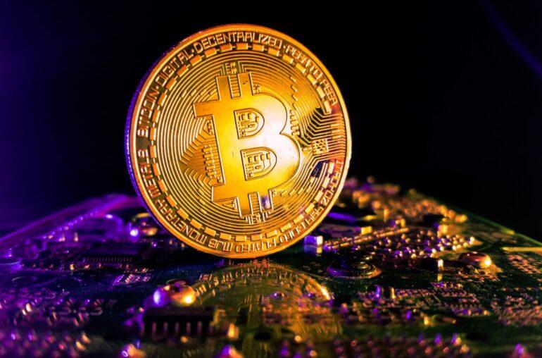 Hito: Bitcoin está más cerca de lograr $ 10 billones en valor transferido