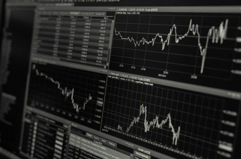 Cardano, Qtum, análisis de precios de ontología: 24 de enero