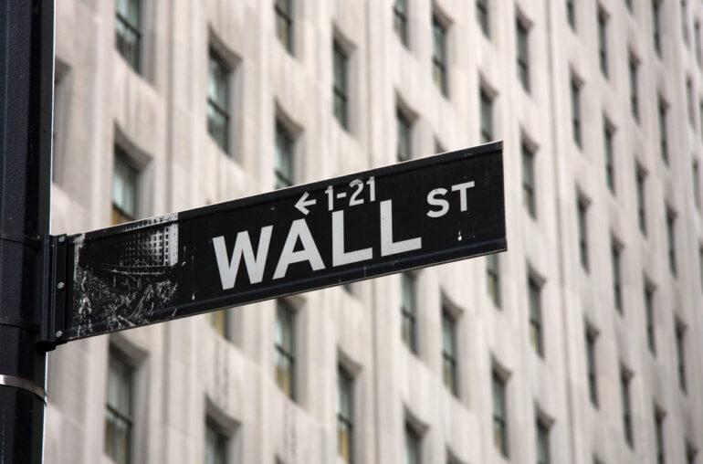 Bitcoin Bull Run enfrenta riesgos de agotamiento por la venta de bonos estadounidenses en curso