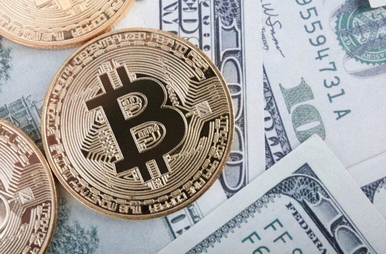 Bitcoin alcista ignora el dramático rebote del dólar