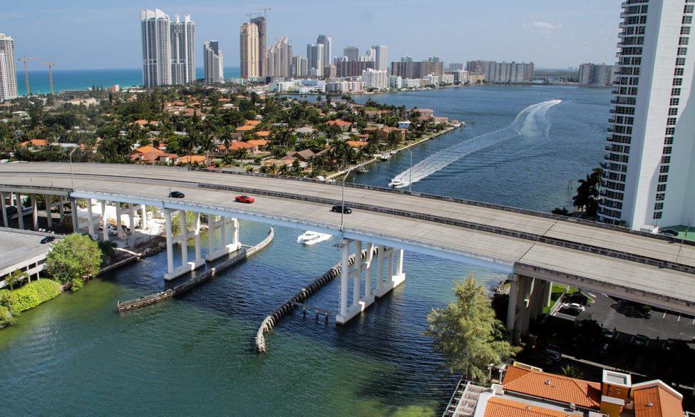 El alcalde de Miami rechaza las críticas de la secretaria del Tesoro, Yellen, a Bitcoin