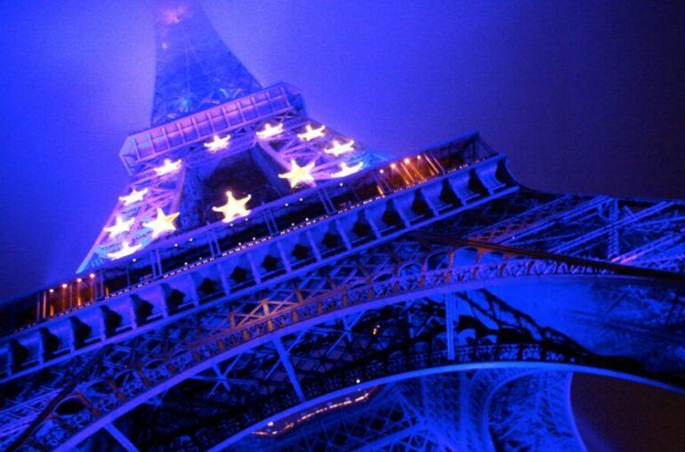 ¡La subasta NFT de la Torre Eiffel en OVR termina pronto!