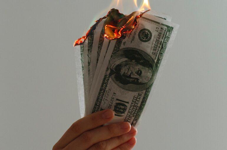 Crypto Industry, dollars burning