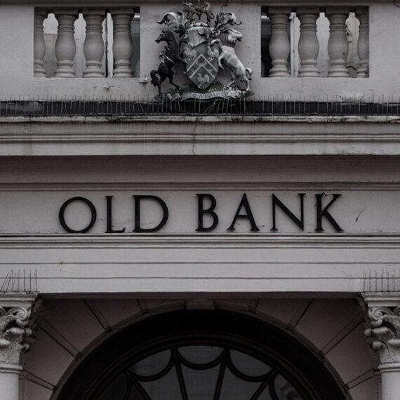 Los bancos no existirán en diez años a menos que cambien su modelo de negocio