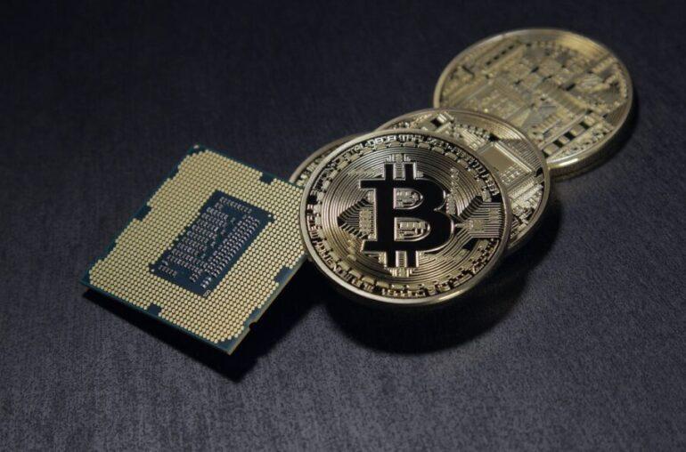 Por primera vez este año, la correlación de Bitcoin con este índice se volvió negativa